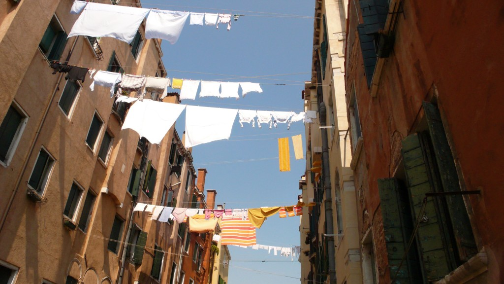 Clothesline Venice