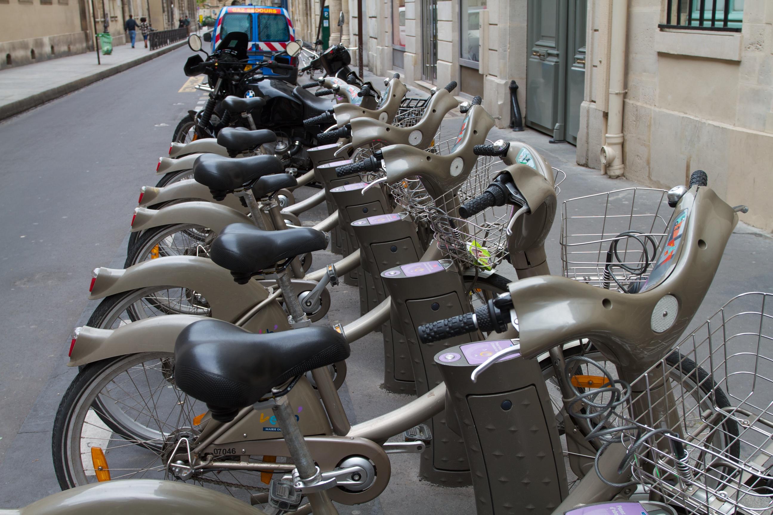 street bikes, Paris