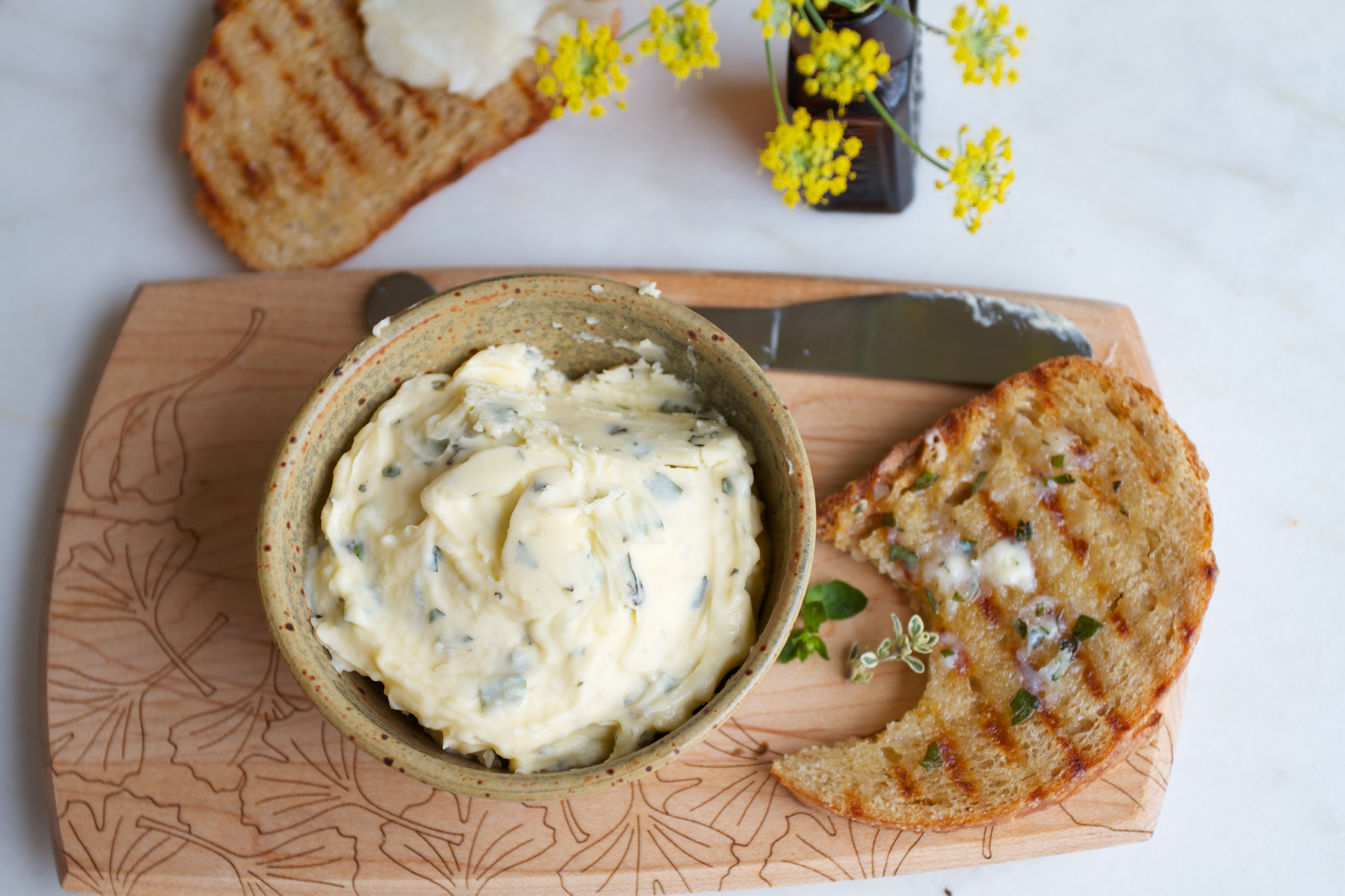 Herbed Garlic Butter with Crostini