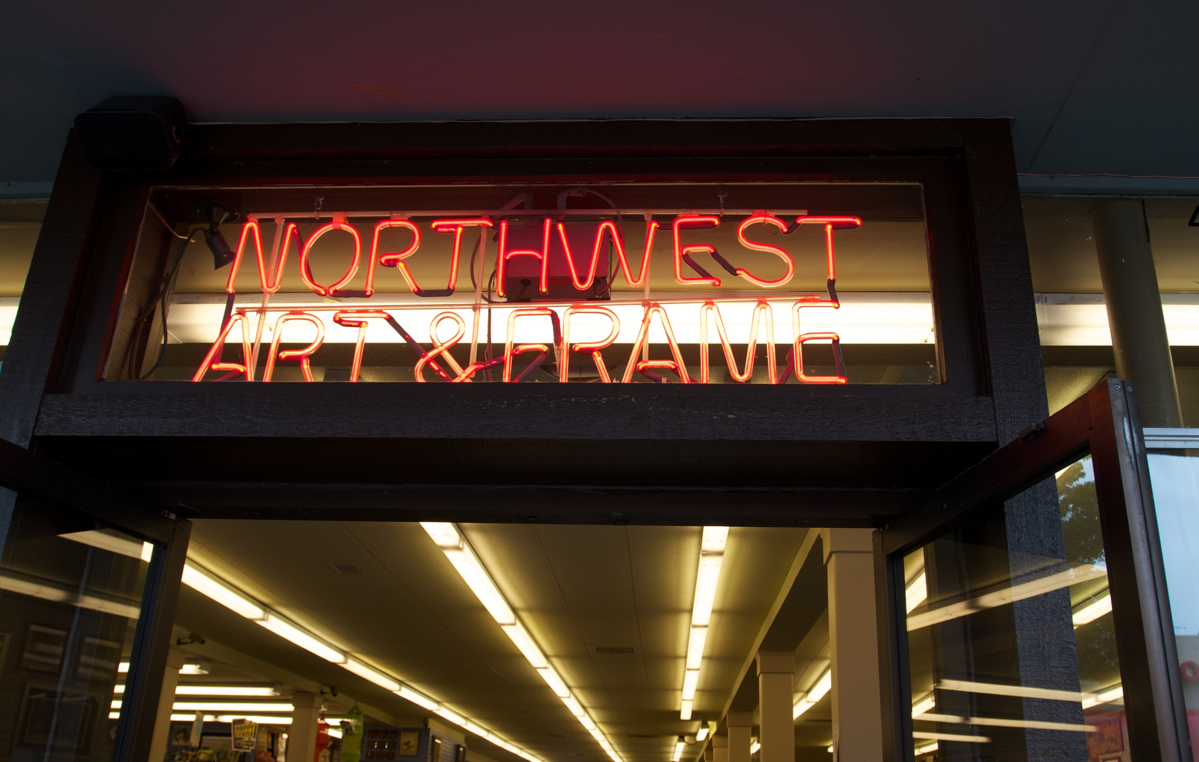 NW Art & Frame neon sign